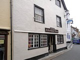 Looe-fishermansarms_01-680x510