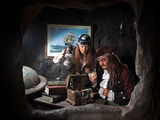 Discover_pirate's_cove_at_pirate's_quest__newquay__cornwall