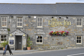 Engine-inn