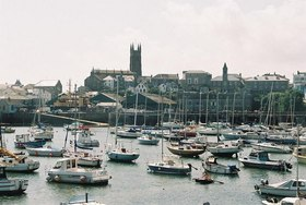 Penzance_harbour_and_church